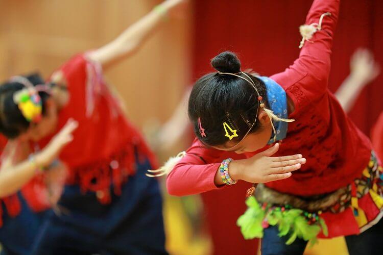 女の子におすすめの習い事、ダンス