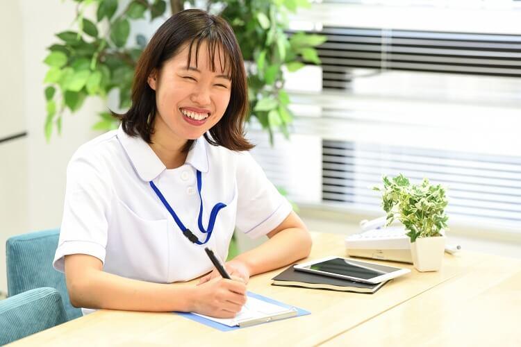 医療・福祉・介護の仕事とは、必要な資格も解説