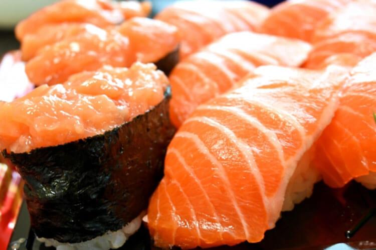 生鮭 寿司 にぎり